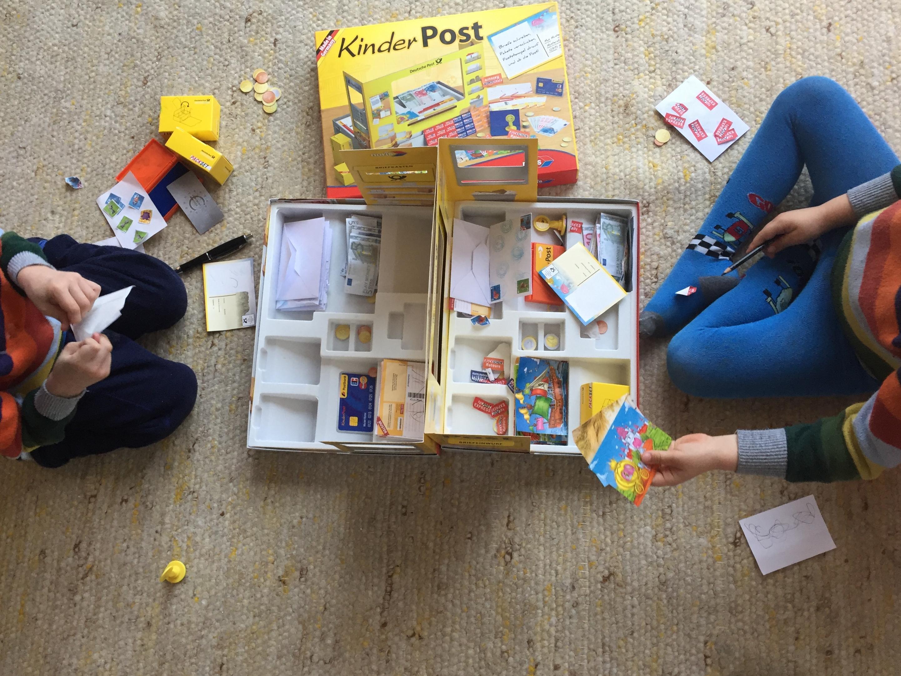 interview warum rollenspiele so wichtig f r die entwicklung von kindern sind. Black Bedroom Furniture Sets. Home Design Ideas