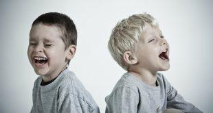 Geschwisterstreit-streiten-zwillinge-häufiger