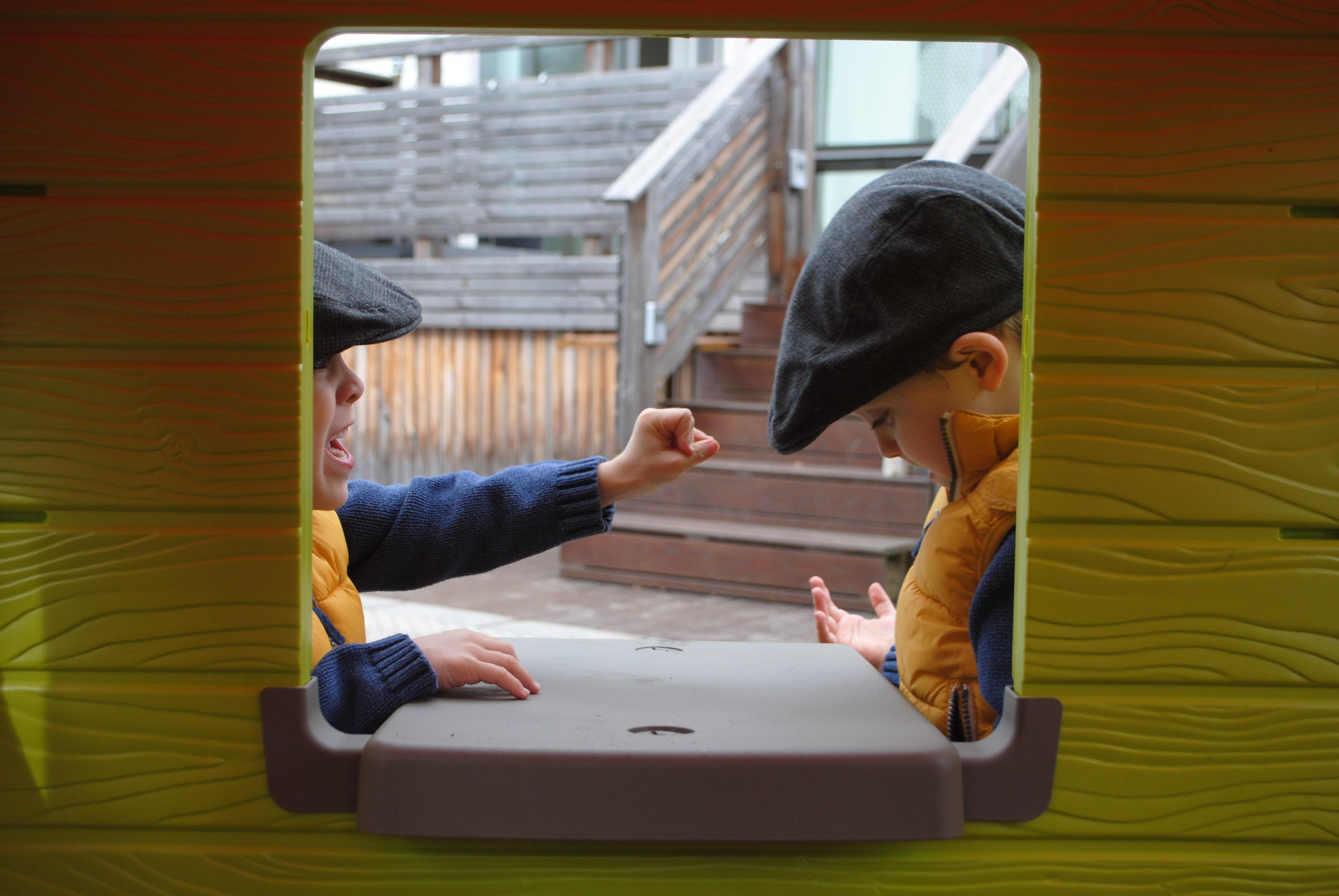 Spielhaus Mit Sommerküche : ☆ u a die zwillinge sind ausgezogen gewinne ein spielhaus von smoby