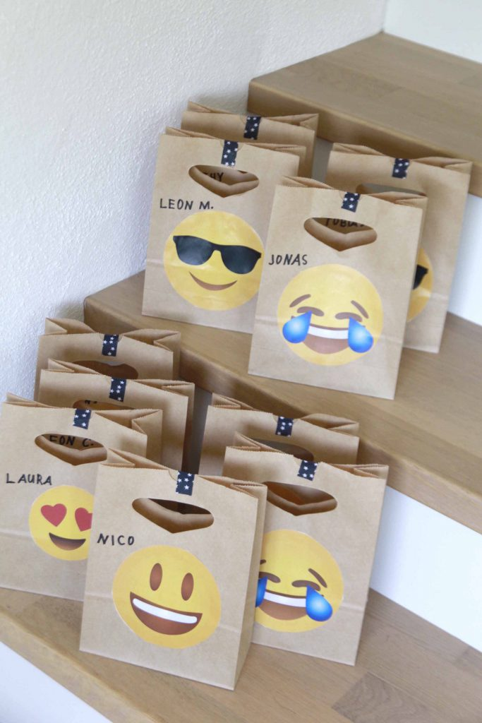 emoji geburtstagsparty diy. Black Bedroom Furniture Sets. Home Design Ideas