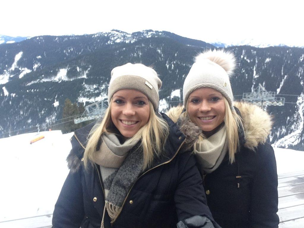 wie lebt es sich als eineiige Zwillinge - Pia und Nina im Interview