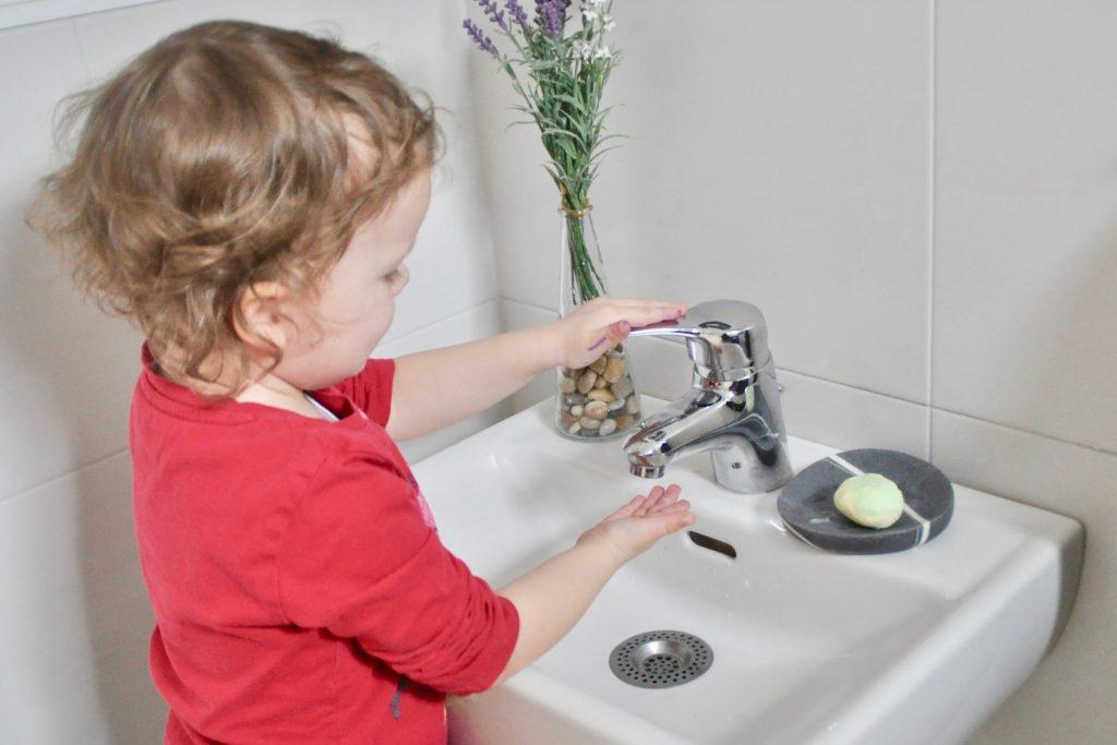 DIY Ostereier aus Kentseife mit dem bi good Duschgel von Bipa