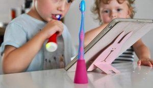 Zähneputzen mit der Playbrush