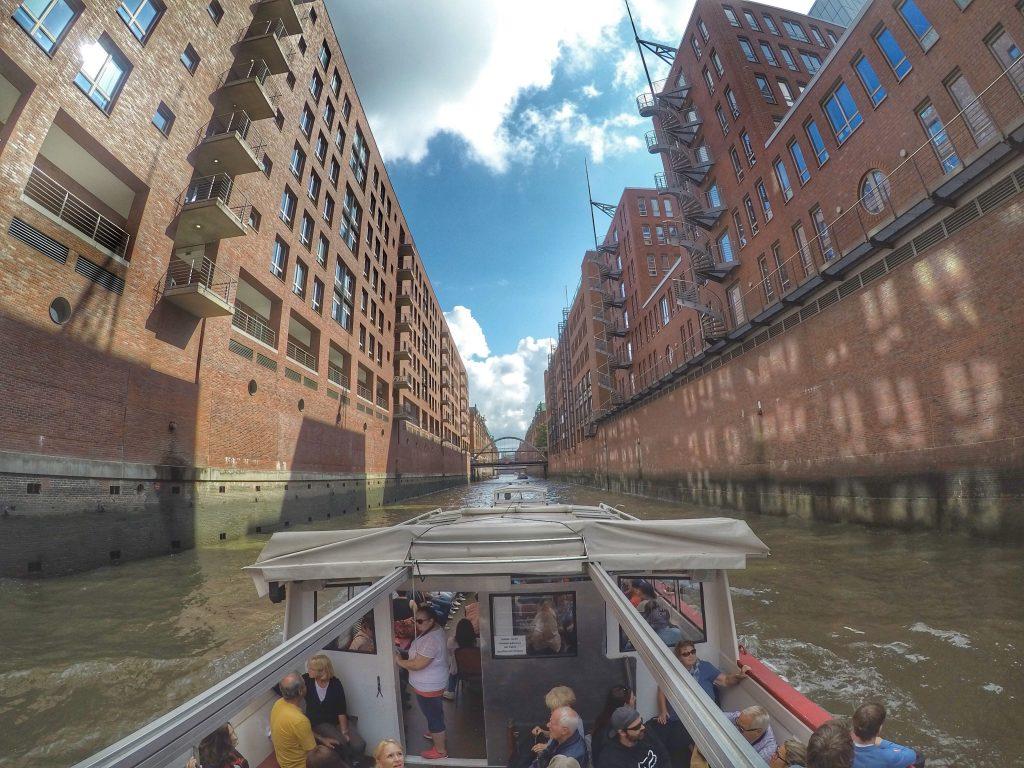 Hamburg mit Kindern: Große Hafenrundfahrt
