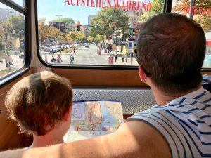 Hamburg mit Kindern: Fahrt mit dem Roten Doppeldecker